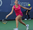 Flavia_Pennetta_at_the_2010_US_Open_04